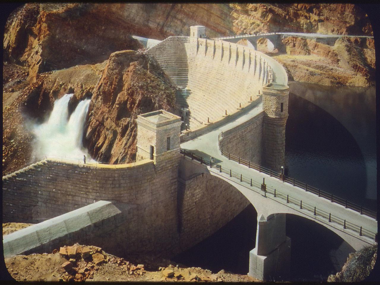 File:Salt River Project - Roosevelt Dam - Arizona - NARA - 294694