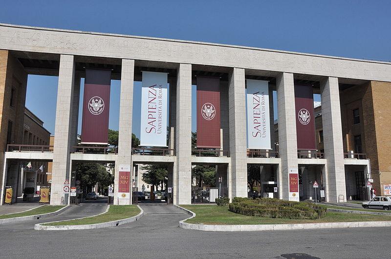 Sapienza entrance (20040201351).jpg