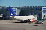 Scandinavian Airlines Boeing 737-600, LN-RPG@ARN,25.07.2008-523bs - Flickr - Aero Icarus.jpg