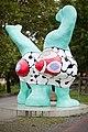 Sculptures Nanas Niki de Saint Phalle Leibnizufer Hanover Germany 08.jpg
