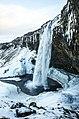 Seljalandsfoss (16469535455).jpg