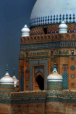 Shah Rukhn-i-Alam Multan.jpg
