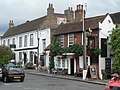 Shepperton, King's Head - geograph.org.uk - 558734.jpg