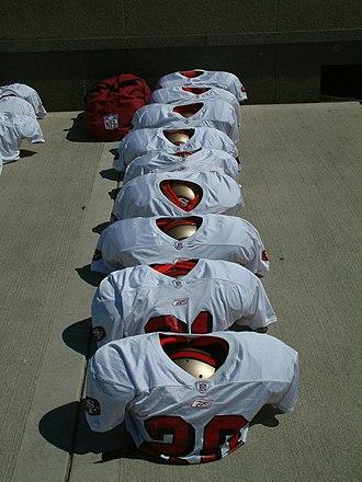 Shoulder pads - Football shoulder pads