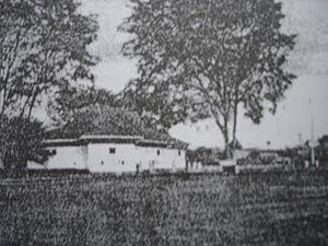 Sibu - A photo of Sibu Fort, taken between 1862 and 1908.