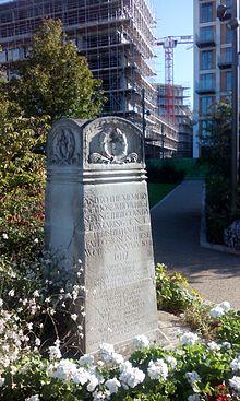 Charmant Silvertown War Memorial