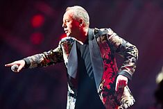 Simple Minds - 2016330224620 2016-11-25 Night of the Proms - Sven - 1D X - 0811 - DV3P2951 mod.jpg