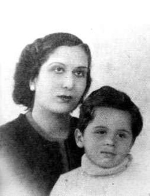 Zein Al-Sharaf Talal - Zein and Hussein in 1941