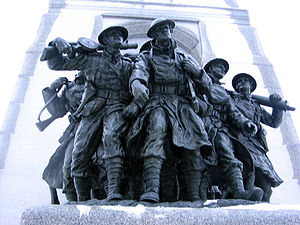 Puttee - The National War Memorial in Ottawa depicts Canadian Army infantrymen from World War I wearing puttees