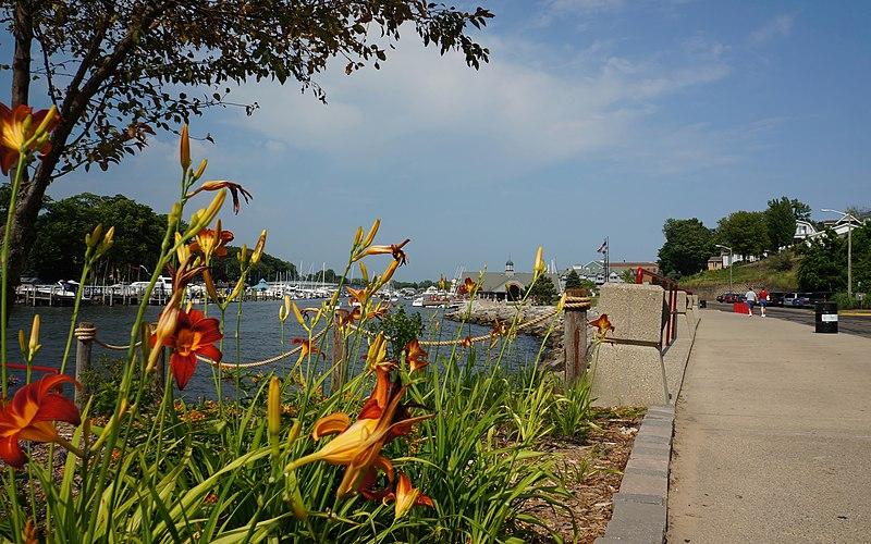 File:South Haven, MI 49090, USA - panoramio (5).jpg
