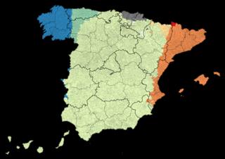 Español / Castellano, oficial en todo el territorio      Catalán / Valenciano, cooficial      Euskera, cooficial      Gallego, cooficial      Asturiano       Aragonés      Aranés      Extremeño      Fala