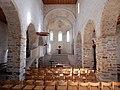 Spiez, église du château, vue vers le choeur.jpg