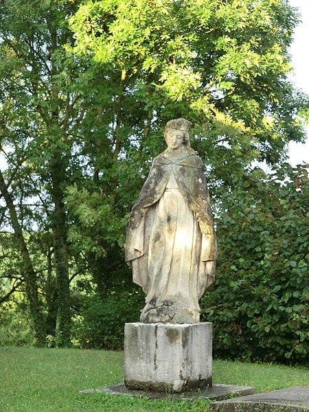 Statue de la Vierge de l'église Saint-Paul de Rignieux-le-Franc.