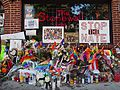 Stonewall Inn 13 pride weekend 2016.jpg