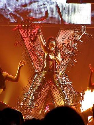 "Genie in a Bottle - Aguilera performing ""Genie in a Bottle"" on her Stripped World Tour."