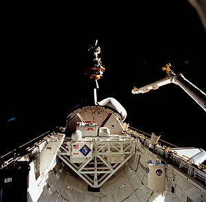 STS-52 - Image: Sts 052 80 030 lrg