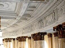 Stuttgart Staatsoper Foyer detail.jpg