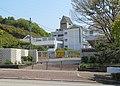 Takarazuka City Sumiregaoka elementary school.jpg