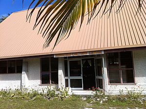 Demographics of Kiribati - Image: Te Umanibong
