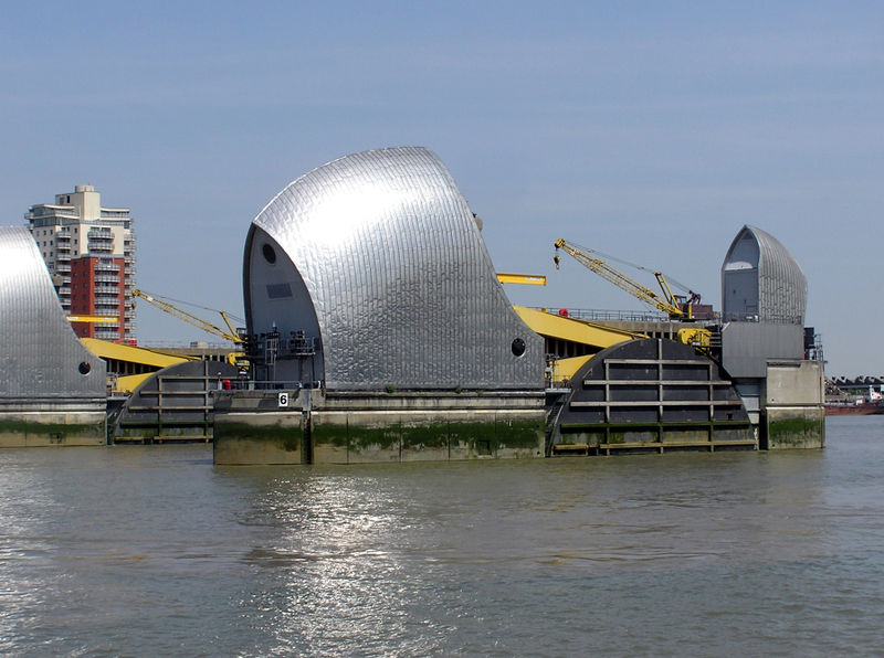 Fil:Thames.barrier.6.london.arp.jpg