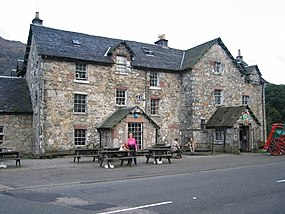 The Drover's Inn, Inverarnan - geograph.org.uk - 410531.jpg