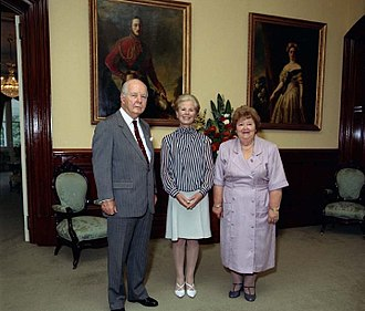 Katharine, Duchess of Kent - The Duchess with Sir Walter Campbell and Lady Campbell in Brisbane, 1992