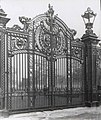 The Great Gates of Canada. London. 1906.jpg