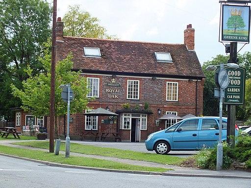 The Royal Oak, Barton Le Clay (geograph 2500196)