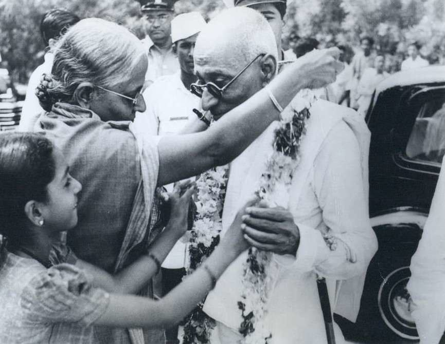 The first Indian Governor General of India, C. R. Rajagopalachari, had a Gandhian air and was very popular (cropped)