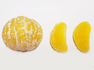 Japanese citrus - A peeled Hassaku.
