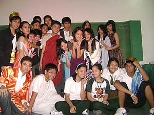 English: Theatre play ending inside classroom ...