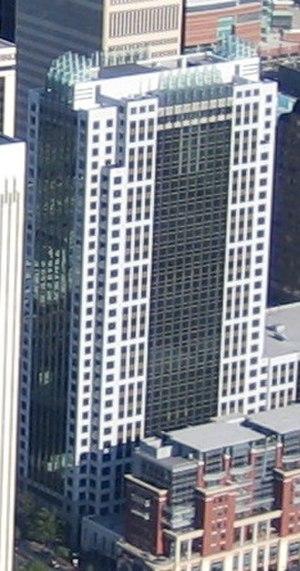 Three Wells Fargo Center - Image: Three Wachovia Center cropped