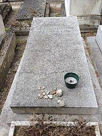 Tombe de Jean-François Lyotard - Père Lachaise.JPG