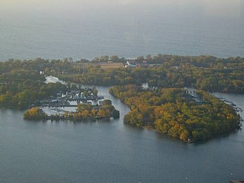 English: Toronto Islands as seen from CN Tower