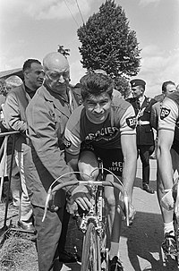 Tour de France , nummer 20 Poulidor in aktie, Bestanddeelnr 919-3002.jpg