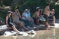 Touristen ruhen im Schatten, Feldsee, Feldberg - geo.hlipp.de - 32572.jpg