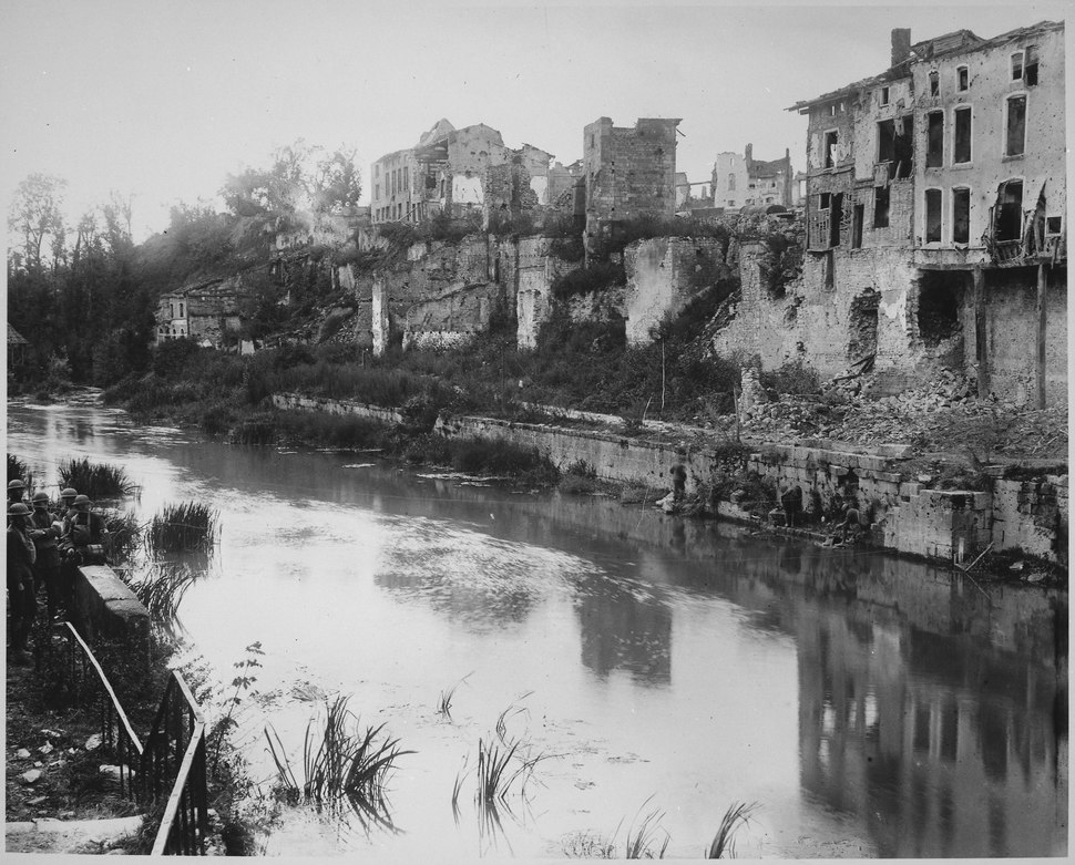 Town of Varennes, France, view due west across the River Aire., 09-27-1918 - NARA - 530757
