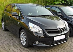 Toyota Verso 20090704 front.JPG