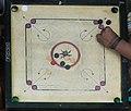 Trincomalee jeu de Carrom (2).jpg