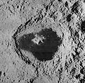 Tsiolkovskiy crater 1136 med.jpg