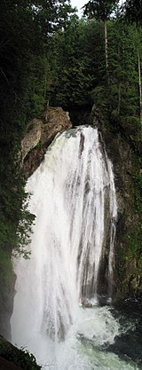 Twin falls lower fall.jpg