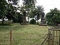 Two stone pillars 03.jpg