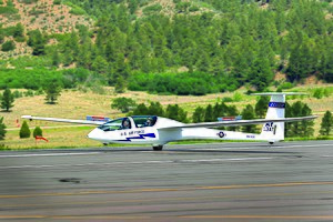 US Air Force Academy TG-16 glider landing.jpg