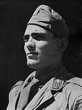 Ustascha-Soldat StAF W 134 Nr. 026022 Bild 1 (5-92158-1).jpg