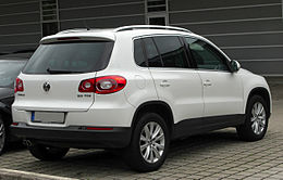 VW Tiguan 2.0 TDI rear 20100919.jpg