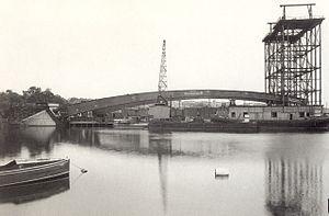 Västerbron - Västerbron during construction 1933.