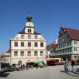 Rathaus von Vaihingen an der Enz. Das Bild wurde aus 2 Fotos zusammengesetzt.