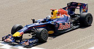 Red Bull RB6 - Image: Vettel Bahrain 2010 (cropped)