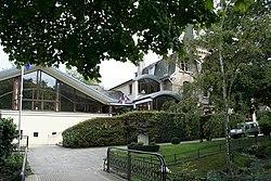Villennes-sur-Seine - Mairie02.jpg