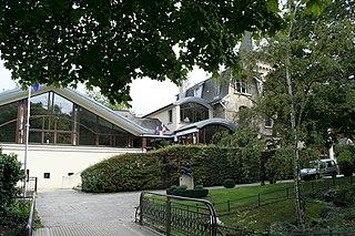 Villennes-sur-Seine Commune in Île-de-France, France